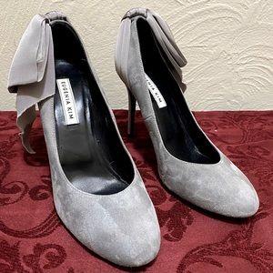 Eugenia Shoe Kim Elsa Bow Pump size 40